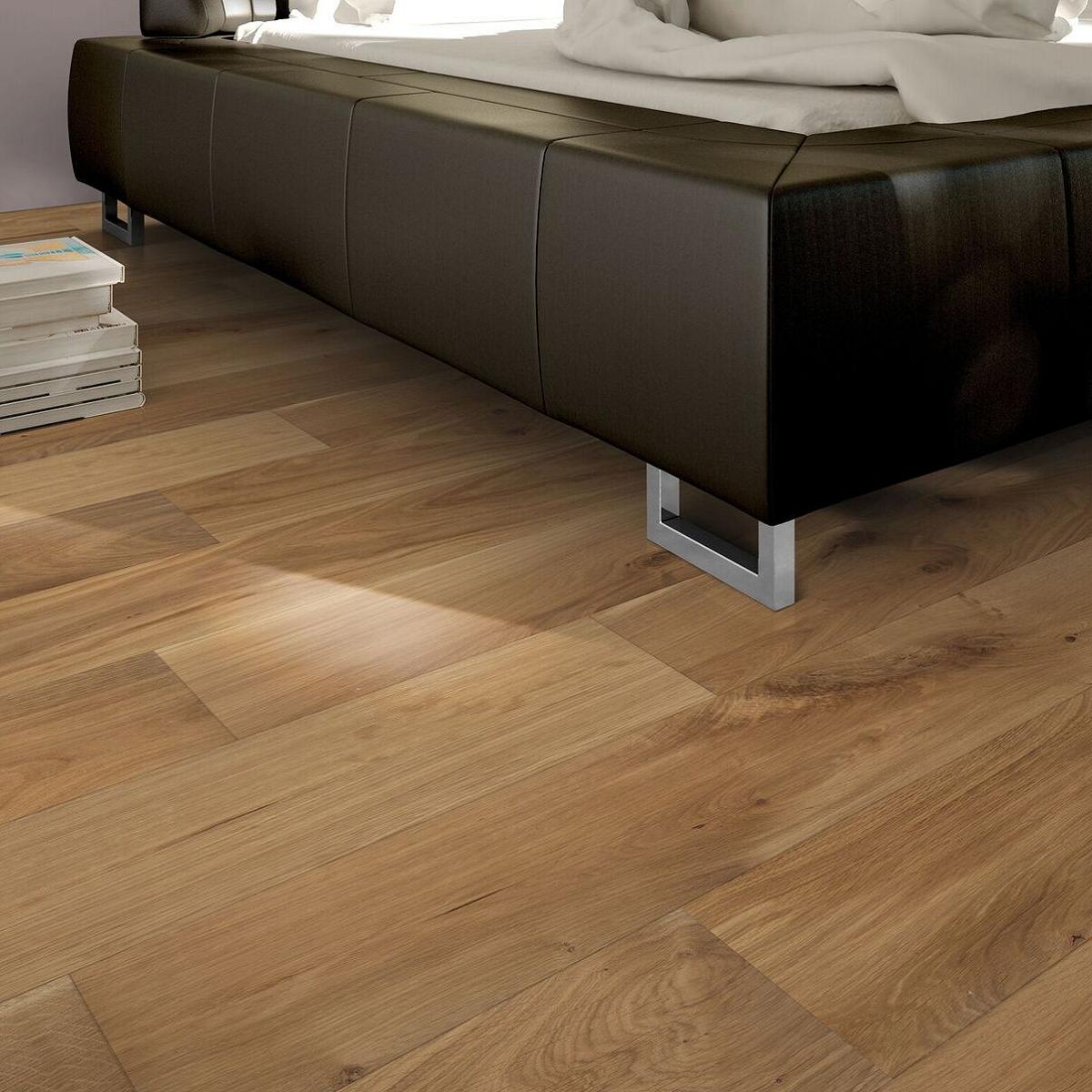 parquet teck massif finest parquet teck massif huil pont. Black Bedroom Furniture Sets. Home Design Ideas